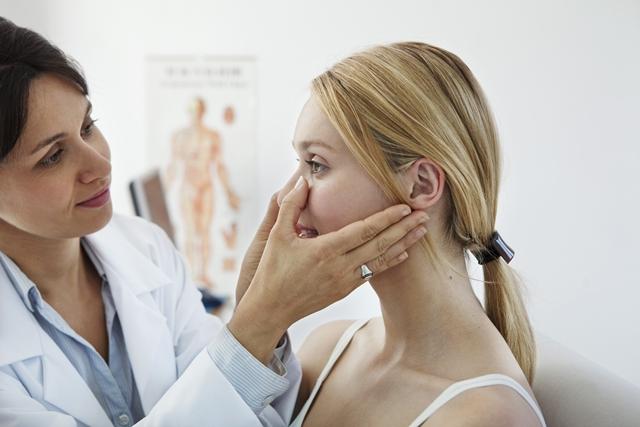 施術を受ける前におさえておきたい。美容医療のメリット・デメリット