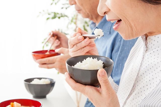 咀嚼がもたらす効果とは? 噛めば噛むほど表情を豊かにする!