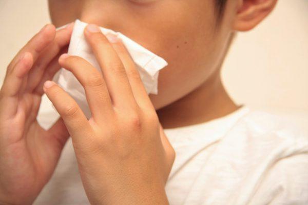 アデノイドによる鼻づまりに悩む子ども